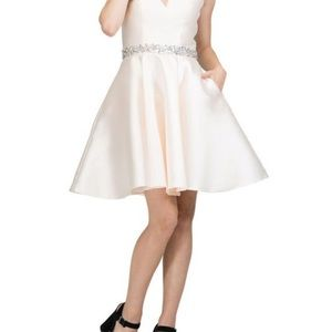 Champagne homecoming cocktail dress new